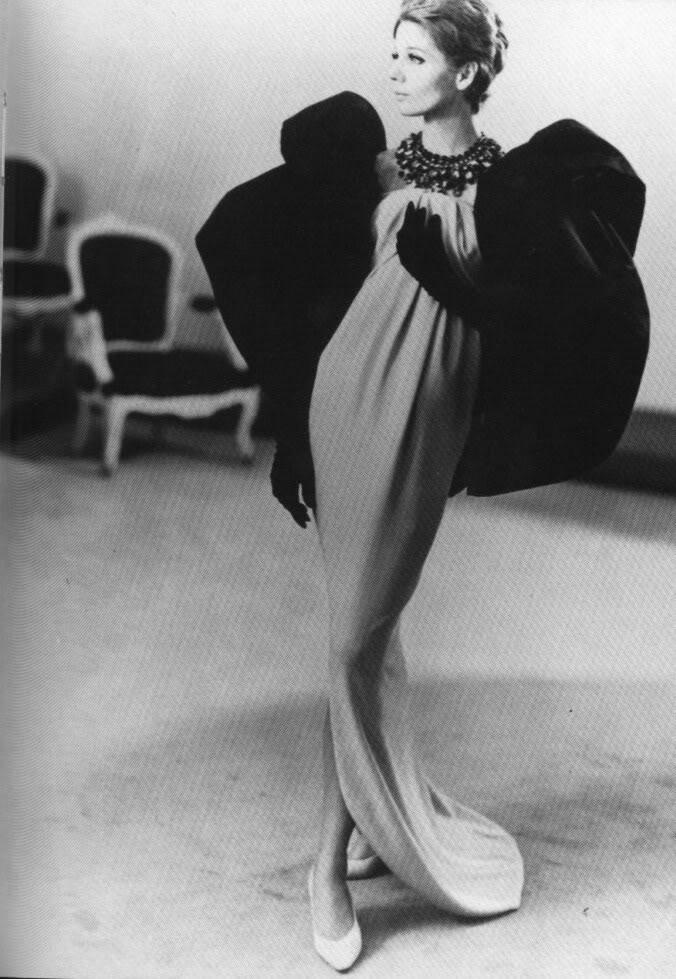 8d30a018ba9b LUSH Vintage - Balenciaga
