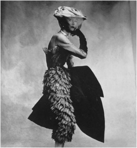 Irving-Penn-Balenciaga-Dress-1950